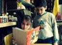 Crianças visitam o ateliê no Ponto de Cultura Quilombo do Sopapo. Aprovaram a proposta dos livros cartoneros. Elas são nosso controle de qualidade por excelência!